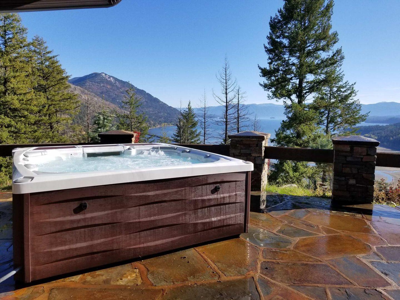 tub by pool
